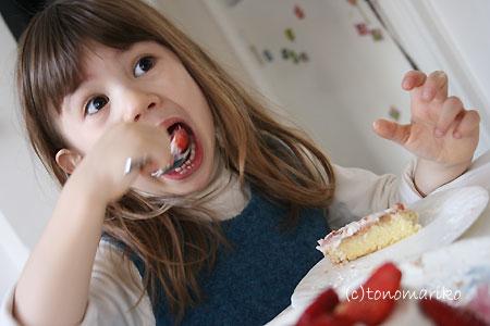 ショートケーキに夢中_c0024345_125871.jpg