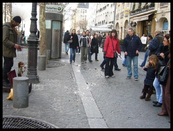 ■街角の人々(PARIS)_a0008105_8495658.jpg