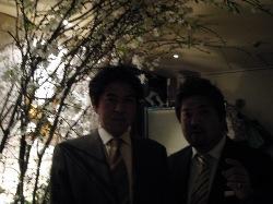 一足お先に夜桜見物!_d0091909_2031090.jpg