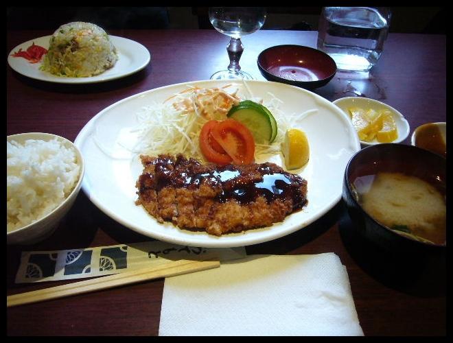■驚いたラーメンの食し方・・・_a0014299_95256.jpg