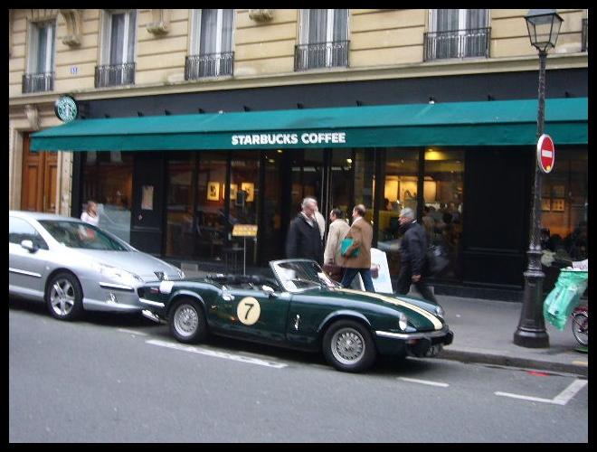 ■街角の車(PARIS)_a0008105_1835364.jpg