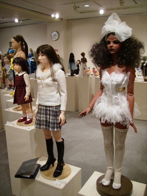 「エコール・ド・シモン人形展」開催中_d0079147_17471919.jpg