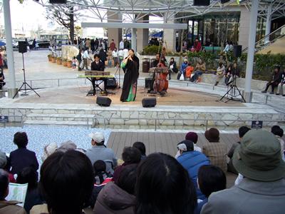 ららぽーと横浜Live_e0048332_1657123.jpg