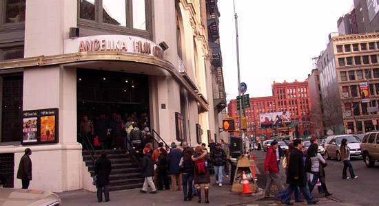 ニューヨークらしさを感じる映画館 Angelika Film Center_b0007805_1232261.jpg