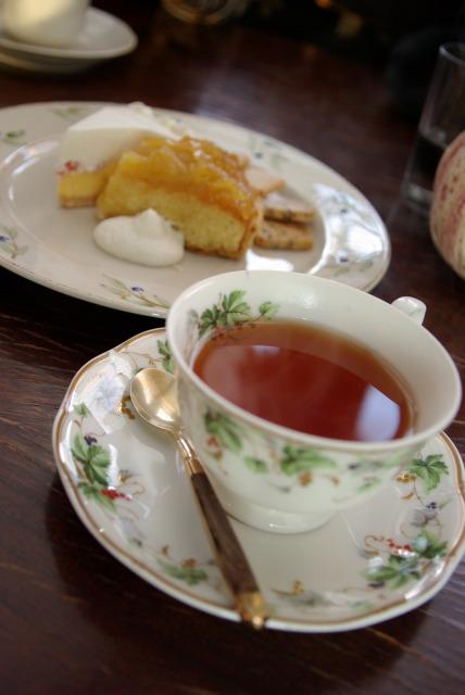 Tea time in Kiyosato_e0063851_22463596.jpg