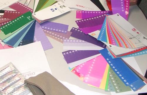 打合わせで、新商品のパッケージのカラー決め♪_f0094800_110479.jpg