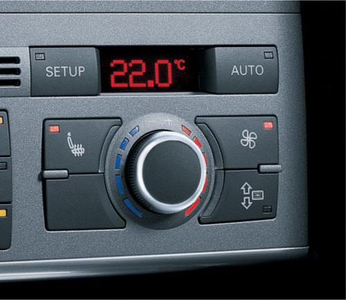 アウディA6 特別限定車2車種 3/27発売_f0040103_17452855.jpg