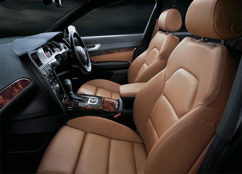 アウディA6 特別限定車2車種 3/27発売_f0040103_17495047.jpg