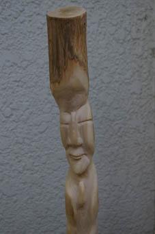 春分の日の3月21日、木彫り観音が玄関先に届いていた!_c0014967_0452881.jpg