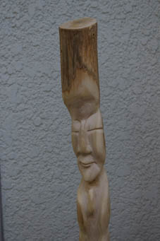 春分の日の3月21日、木彫り観音が玄関先に届いていた!_c0014967_0454271.jpg