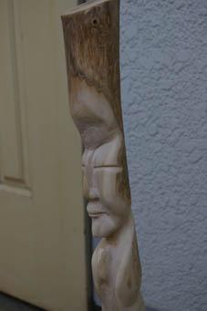 春分の日の3月21日、木彫り観音が玄関先に届いていた!_c0014967_0462868.jpg
