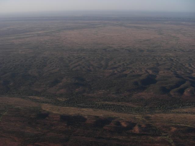 空撮 地球の背骨 マクダネルレンジ DAY12_f0050534_2142147.jpg