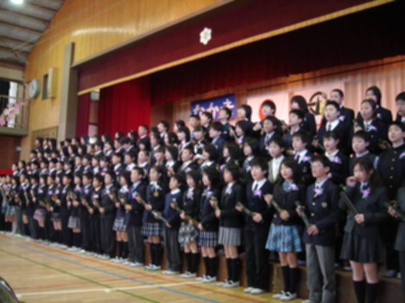 小学校卒業式_f0059673_0453022.jpg