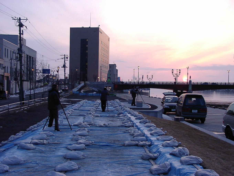 幣舞橋の夕陽    3月25日_f0113639_12115491.jpg