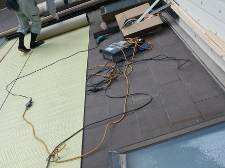 石綿スレートから陶器瓦へ葺き替え工事_f0129956_21224547.jpg