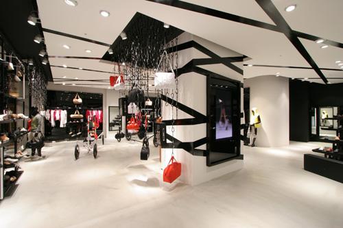 PUMA-The Black Store Tokyo_f0138999_18562277.jpg