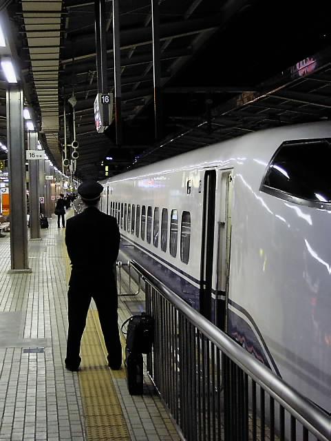 新幹線名古屋駅_d0087407_0522776.jpg