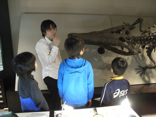 ジュニアサイエンスカフェ「博物館をのぞいてみよう」_c0025115_22394164.jpg