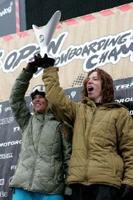 【US OPEN】ショーン、ケリーがUSオープンハーフパイプW優勝!_c0106584_1605623.jpg