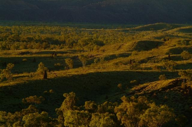 オーストラリア最後の秘境 バングルバングル FUJI FILM S5撮りおろし2_f0050534_6543830.jpg