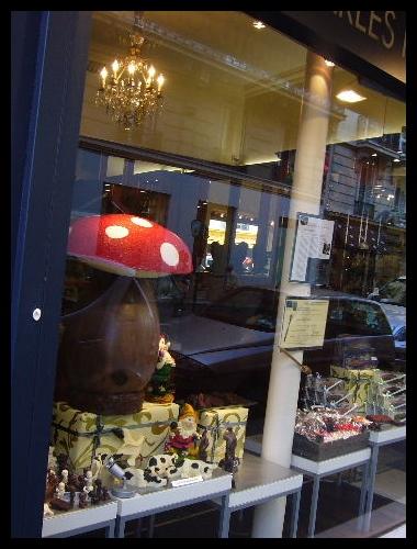 ■街角のチョコレート(PARIS)_a0014299_18552697.jpg