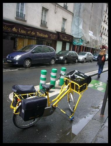 ■街角の自転車(PARIS)_a0008105_17195235.jpg