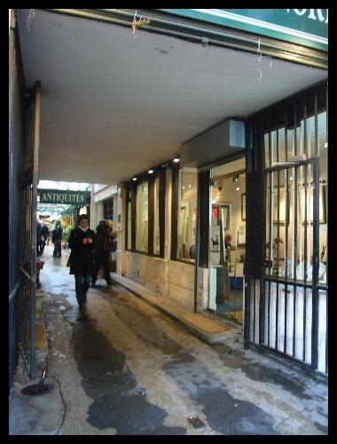 ■パリの街角から_a0008105_1729866.jpg