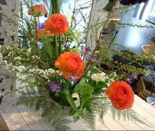 オークリーフ花の教室(そまきさん(上)と落合さん(下)の作品_f0049672_16131761.jpg