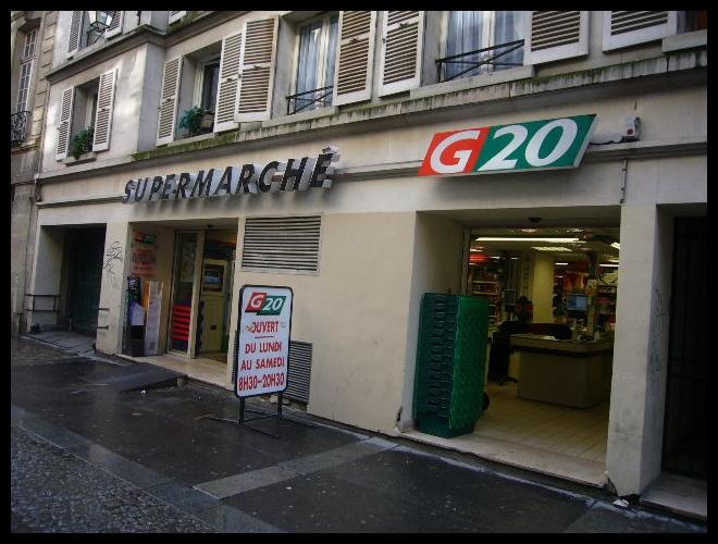 ■街角のスーパー(PARIS)_a0014299_5424573.jpg