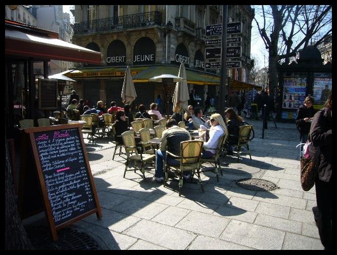 ■日曜日のキャフェ(PARIS)_a0014299_615623.jpg