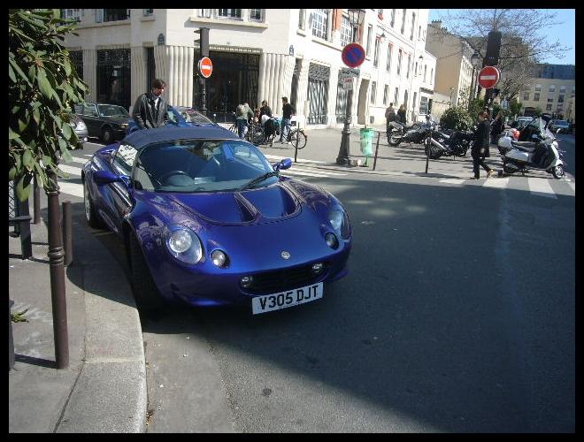 ■街角の車(PARIS)_a0008105_817270.jpg
