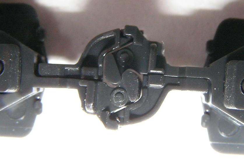 カトー小型密着自動連結器 改良型_a0066027_18564133.jpg