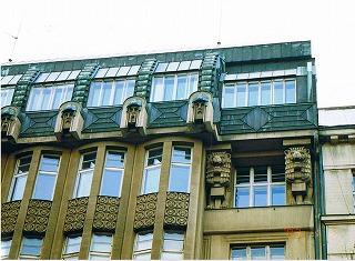 """プラハ ヴァーツラフ広場の建物  """"2003中欧_c0087349_16175839.jpg"""