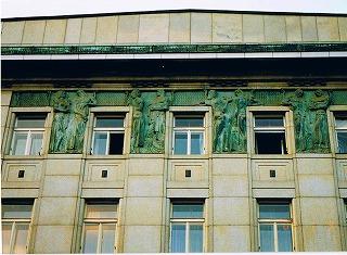 """プラハ ヴァーツラフ広場の建物  """"2003中欧_c0087349_16185379.jpg"""