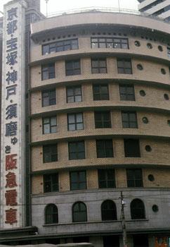 デパートの窓  大阪市(大阪府)_e0098739_2251286.jpg
