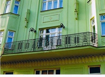 """プラハの建物  """"2003中欧_c0087349_8254733.jpg"""