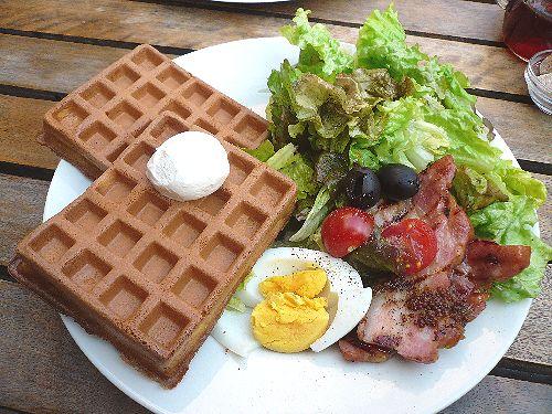 代官山 ワッフルズ ビウラ  Waffle\'s beulah へ のんびりお散歩..。.゚。*・。♡ _a0053662_19574685.jpg