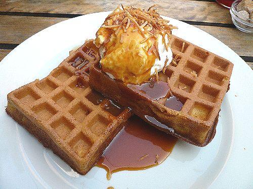 代官山 ワッフルズ ビウラ  Waffle\'s beulah へ のんびりお散歩..。.゚。*・。♡ _a0053662_19575983.jpg