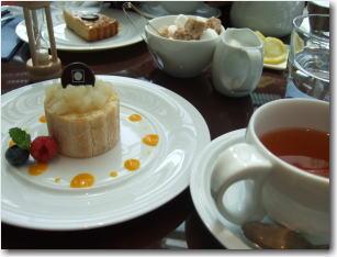 4月12日サロン・ド・テ ロンドのケーキセット