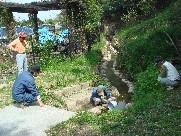 ふかふか小径の階段補修・・・定例活動日_c0108460_17372976.jpg