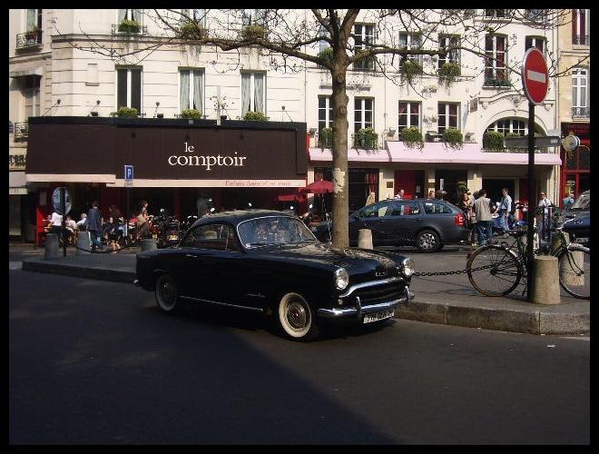 ■街角の車(パリ)_a0008105_3503050.jpg
