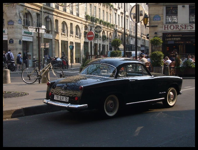 ■街角の車(パリ)_a0008105_3505997.jpg