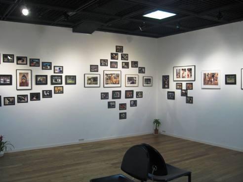 141) コンチネンタル 「イエメン チョットミ・二人の写真展」 4月14日まで(終了)_f0126829_1264598.jpg