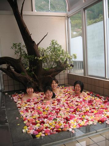 バラ風呂撮影_e0101917_8475112.jpg