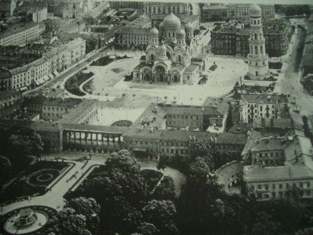 サスキ宮殿とロシア正教会_b0017215_243630.jpg