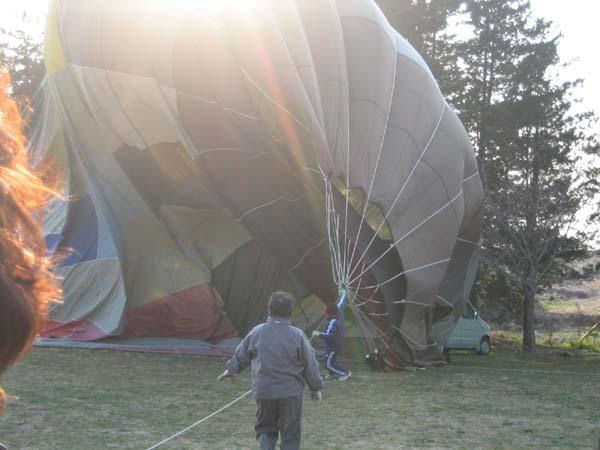 熱気球と人力車_a0015682_22413159.jpg