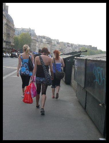 ■街角の人々(パリ)_a0008105_4185926.jpg