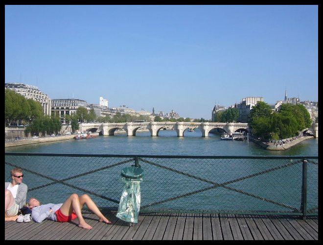 ■橋の上から(パリ)_a0008105_452969.jpg