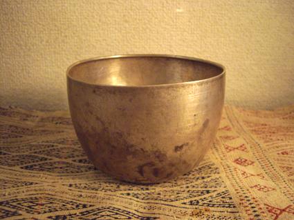 シルバーのお茶碗_e0111789_14554333.jpg