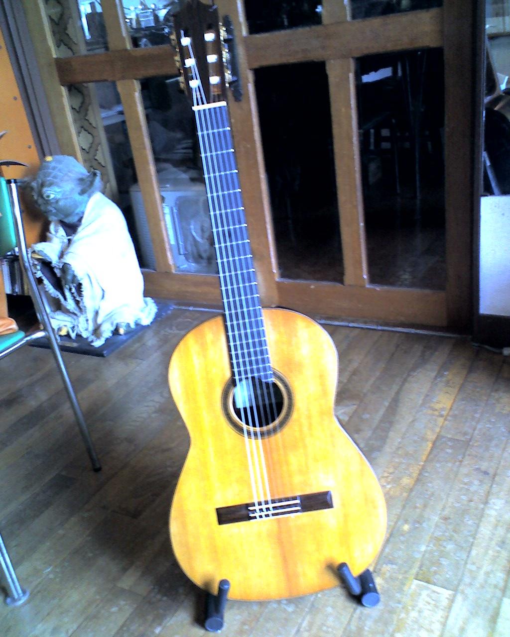 野辺ギター_f0018889_11121983.jpg
